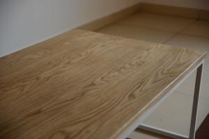 Drewniany blat stolika