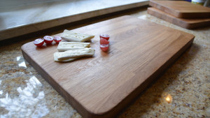 Dębowa deska do krojenia