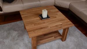 Dębowy stolik kawowy z półką