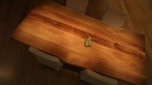 Nietuzinkowy stół kuchenny z drewna